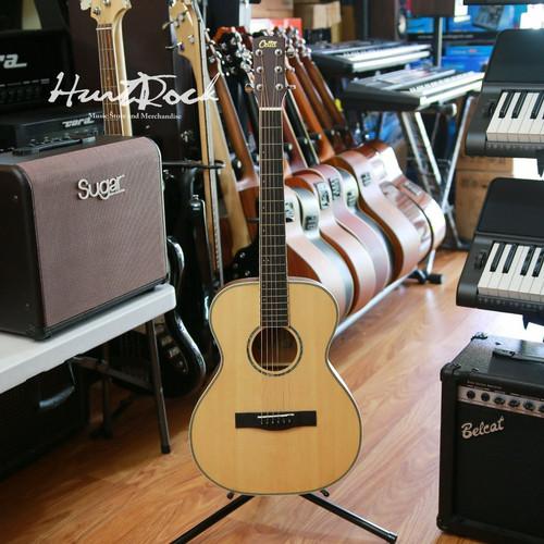 Foto Produk Cetta Gitar CJ18E N Akustik Elektrik dari HurtRock Music Store