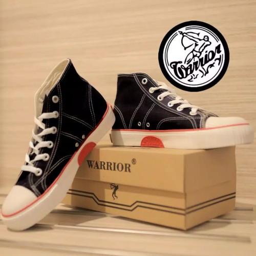 Foto Produk Sepatu Warrior Classic Hitam Putih (Black White) dari sepatu kodachi