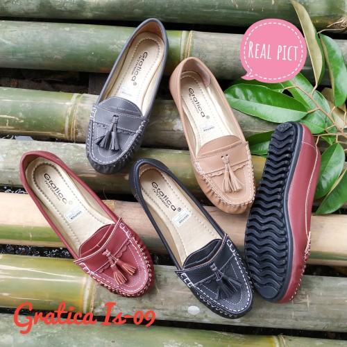 Foto Produk Sepatu wanita Flat shoes Gratica Is-09 sol full karet - Hitam, 38 dari Grosir Sepatu Gratica