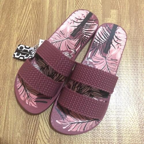 Foto Produk Ipanema city print fem burgundy jelly sandal dari artatikashop
