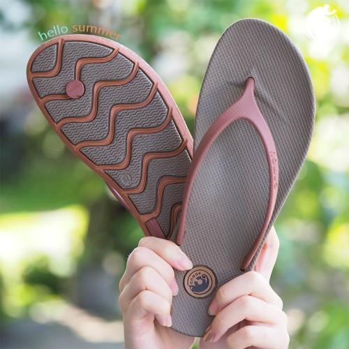 Foto Produk sandal distro wanita sandal jepit cewek kekinian original camou model dari artatikashop
