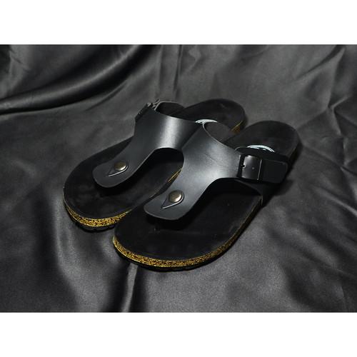 Foto Produk Sandal Pria Model Carvil terbaru Ready dari GROSIR SEPATU 1122