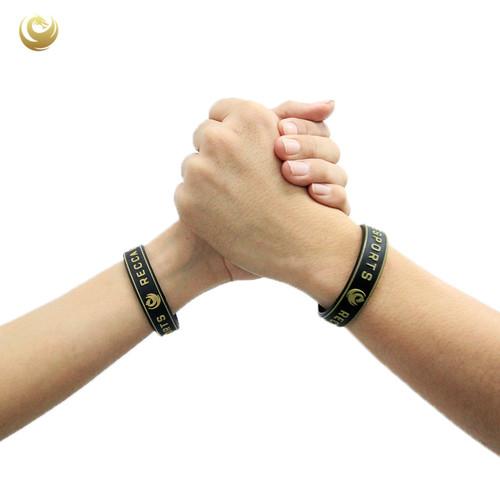 Foto Produk Wristband Recca Esports! - Hitam dari Recca Esports