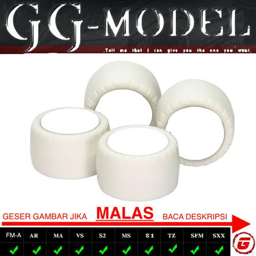 Foto Produk TAMIYA 15415 SMALL DIA WHITE ARCHED TIRES SUPER HARD / BAN SUPER HARD dari GG Model Tamiya