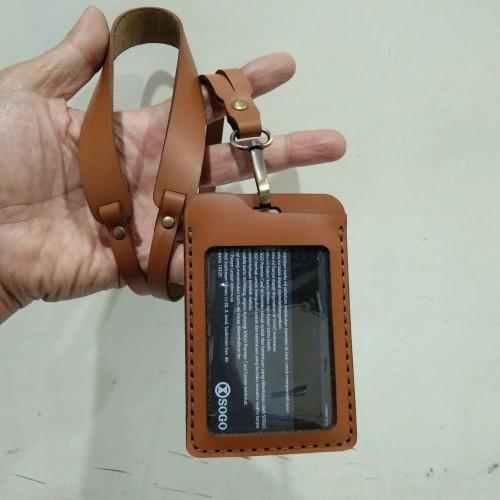 Foto Produk Name tag/ ID Card + Tali - kulit sapi asli dari Fruna Phonsel