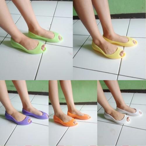 Foto Produk flat shoes sepatu karet dari Om deL