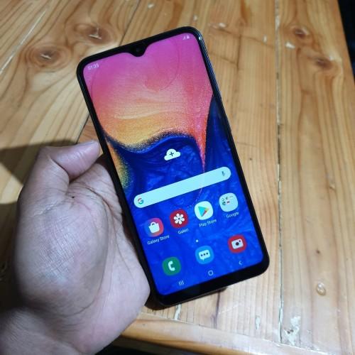 Foto Produk Handphone Hp Samsung Galaxy A10 2/32 Second Bekas Murah dari MULTISHOPBKS01