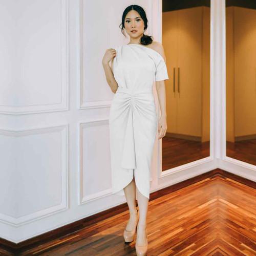 Foto Produk ARIANA WRAP DRESS LONG WHITE - M dari At Vezzo