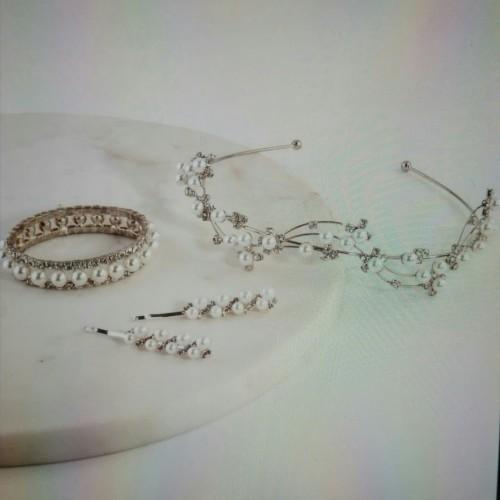 Foto Produk One bangle with clip hair n bendo dari artanto shops
