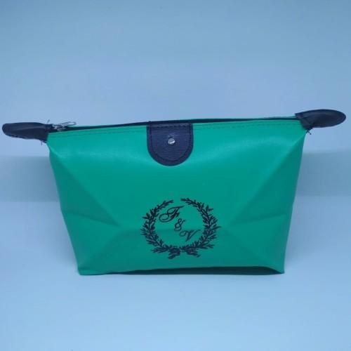 Foto Produk Souvenir Pouch Quen dari Derissouvenir