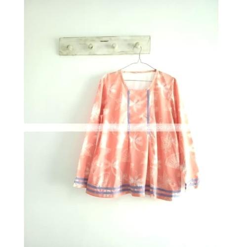 Foto Produk Peach Marigold Blouse - blus batik buat kuliah dari Troli Roli