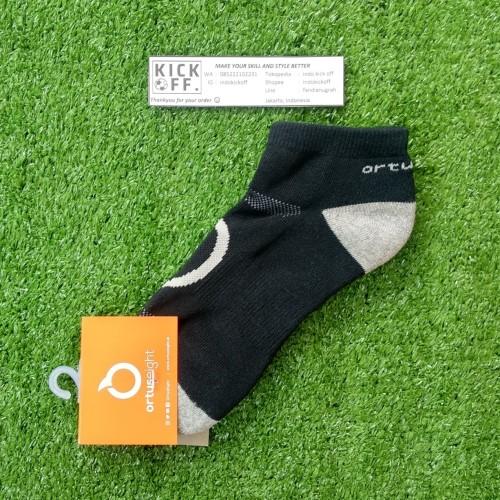 Foto Produk Ortuseight Rapid Socks A (Kaos Kaki Olahraga) - Black/Grey dari indo kick off