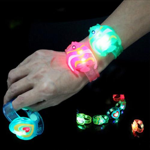 Foto Produk Gelang Kartun Lampu LED Mainan Anak - Cowok dari Grandia Shop