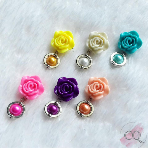 Foto Produk Grosir Bros Dagu Mawar Kecil Mini Imut Pandora - Aksesoris Hijab dari Rumah Cantik Chiqia
