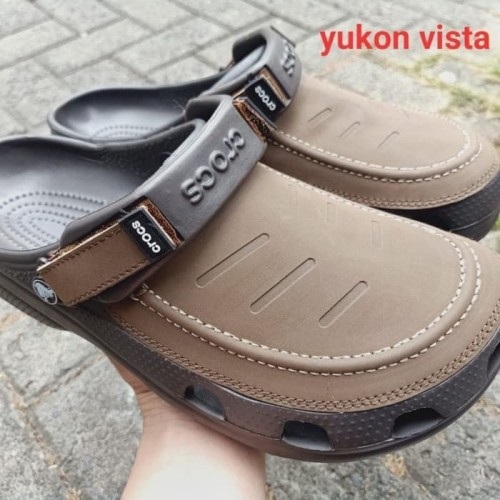 Foto Produk Sandal Crocs Pria Crocs Yukon Vista Clog dari ol shop 888