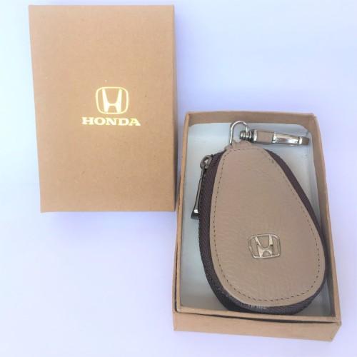 Foto Produk Dompet STNK / Gantungan Kunci Mobil Kulit Asli. HONDA (Cream) Oval dari Cindy Leather Goods