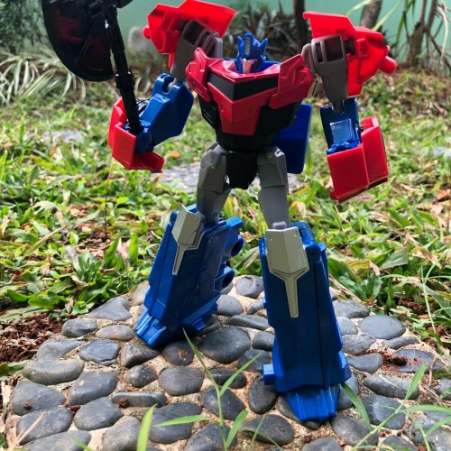 Foto Produk Mainan Robot Metal Transformer OptimusPrime-WeiJiang Warrior Commander dari toysmaniac