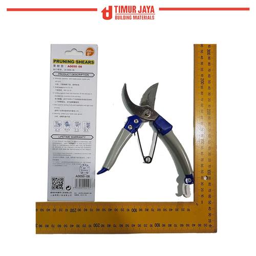 Foto Produk Gunting pruning shears 8 inch 200 m KEMBANG DAHAN KAYU RANTING CMART dari TOKO BESI TIMUR JAYA