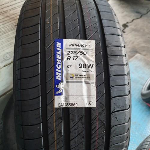 Foto Produk ban mobil michelin 225 50 17 primacy4 dari pitstop karawaci