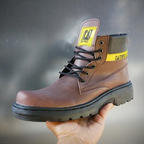 Foto Produk Sepatu pria boots safety ujung besi outdor proyek caterpillar - Cokelat, 38 dari Bandungpro Store
