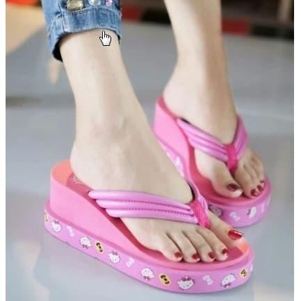 Foto Produk Sandal Wanita Wedges Capit Hello Kitty 4 Warna dari Galaxi Phone Store