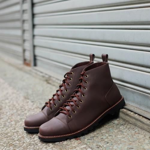 Foto Produk Sepatu Boots Pria Kulit Formal Kerja Cowok Casual ORI - TRAGEN FLEMING - 40 dari sepatulokalid