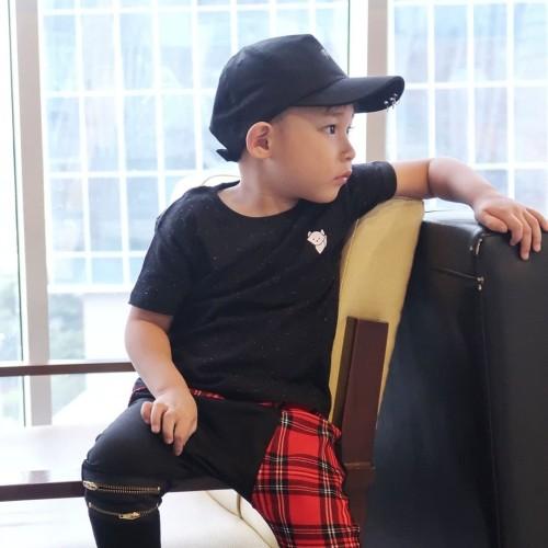 Foto Produk Kaos Polos Anak - Anak Hitam | Galaxy Basic Tee by LIttle Jergio - 2XL dari Little Jergio