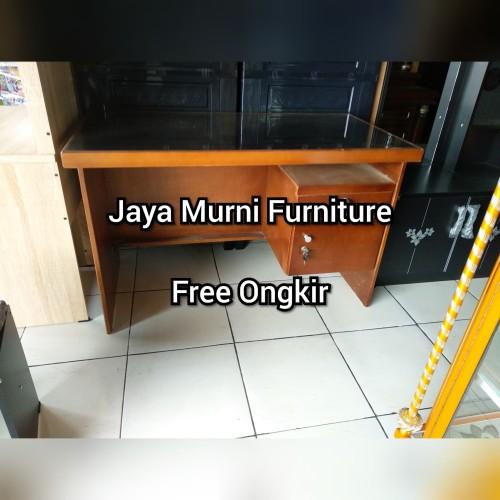Foto Produk Meja Kantor Meja Kerja Meja Tulis Office Kayu Blockteak Kaca 1/2 Biro dari Berkat Abadi Furniture