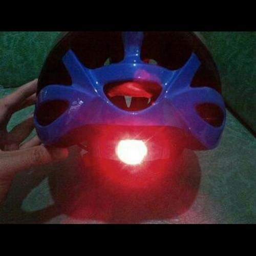 Foto Produk Helm Sepeda Avand Type A-06 (Ada Lampu Belakangnya) Unit Berkualitas dari CettaBaik mulia