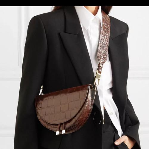 Foto Produk tas wanita crossbory fashion . tas kulit buaya dari sentina shop