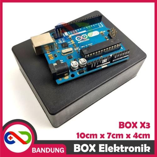 Foto Produk BOX ELEKTRONIK X3 KOTAK RANGKAIAN ARDUINO 10x7x4 CASING BLACK BOX X-3 dari CNC STORE BANDUNG