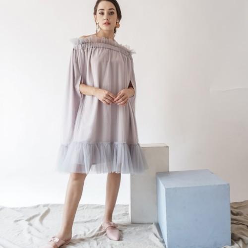 Foto Produk Jolie Clothing Trey Cape Dress - Abu-abu, ALL SIZE dari Jolie Clothing