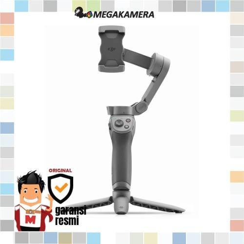 Foto Produk DJI Osmo Mobile 3 Combo kit Smartphone Gimbal Stabilizer - Handphone dari Megakamera