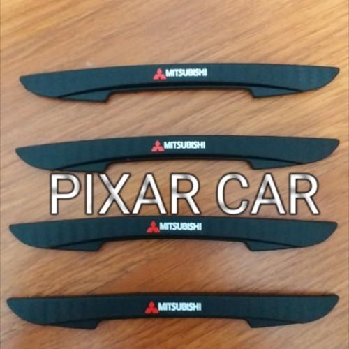 Foto Produk Door Guard Pelindung Mobil Carbon Logo Mitsubishi Mirage dari Pixar Car Aksesoris