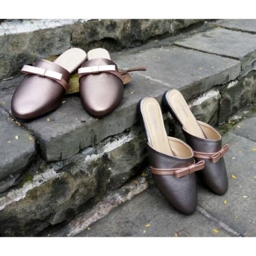 Foto Produk Mules shoes LYRARO dari Dinasti Shoes