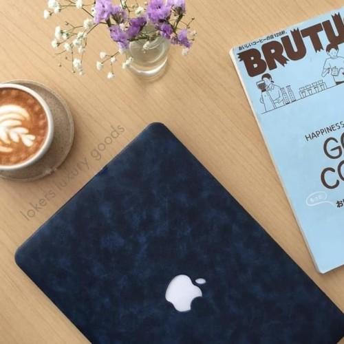 Foto Produk Terpopuler Case Macbook Leather Case Blue Lariss Terheboh dari Markus Sutiono