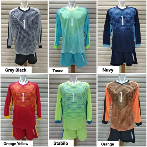 Foto Produk Setelan Baju Bola Kiper Dewasa No Punggung #1 dari c0wsSport