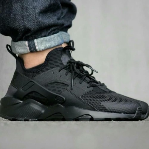 Sepatu Sneakers Nike Huarache Ultra Triple Black