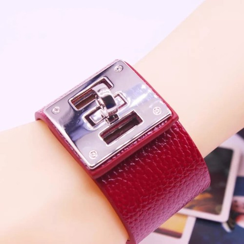 Foto Produk gelang European Fashion Punk Wide Leather Bracelets & Bangles - Putih dari kaladia