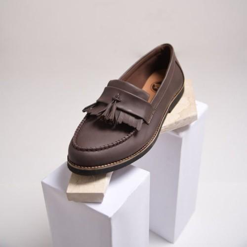 Foto Produk Aaron Brown sepatu kasual loafer pria coklat - 39 dari Mall Online Indonesia
