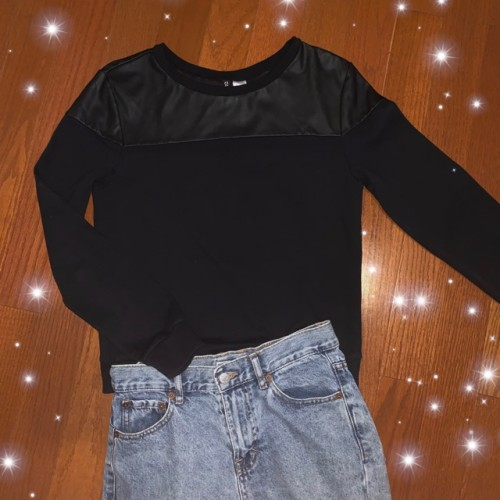 Foto Produk Black Sweater by Divided dari Stayl Store
