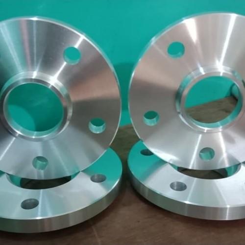 Foto Produk spacer nok inova 5x114.3.center bore 60.1xnok73 1~12~15mm dari Nadiya Center Ring