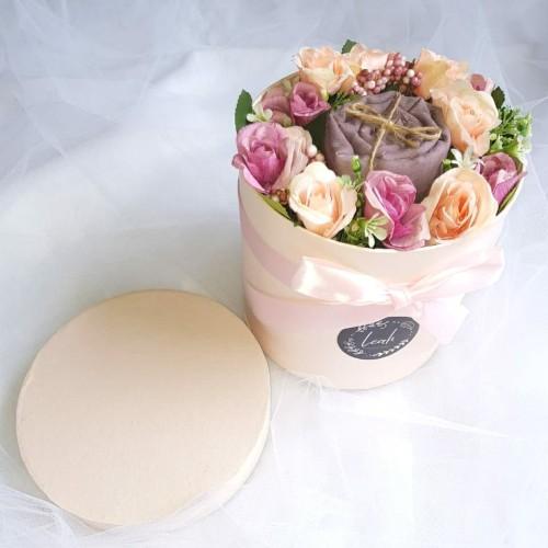 Foto Produk Flower box / Buket Hijab / Hadiah Ulang Tahun / Hadiah Wisuda dari leahgiftshop