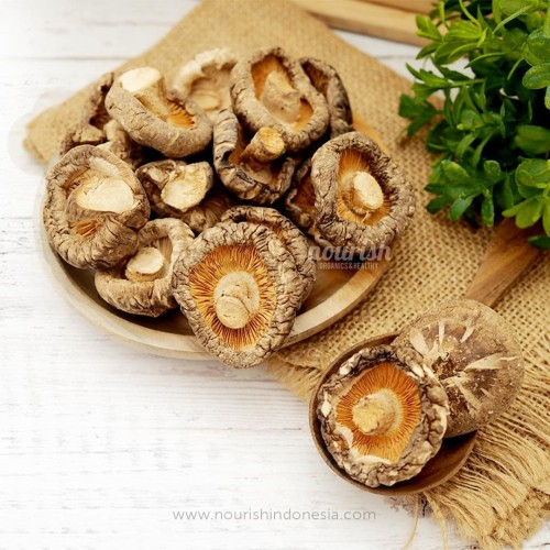 Foto Produk Dried Shitake Mushroom / Jamur Shitake / Hokio 100gr dari Nourish Indonesia