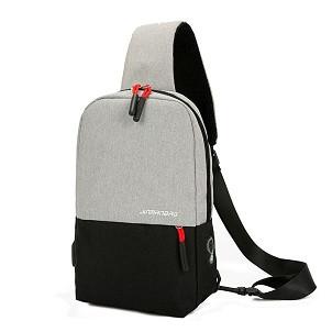 Foto Produk FREEKNIGHT Tas Selempang Pria Fashion USB Charger TS501 - Abu Hitam dari Freeknight