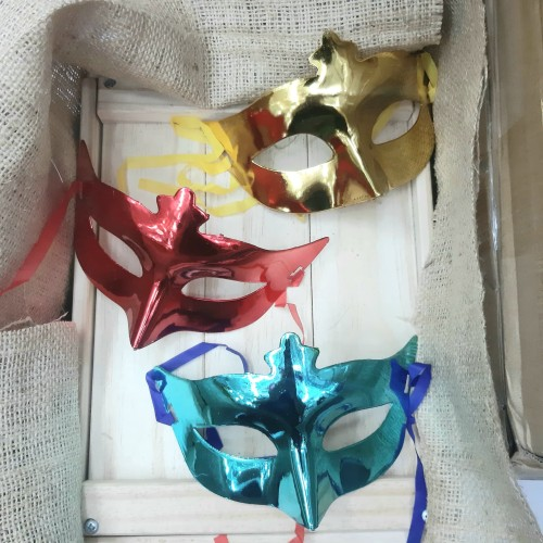 Foto Produk Topeng pesta polos party warna dari VictoriaMG2 Shop