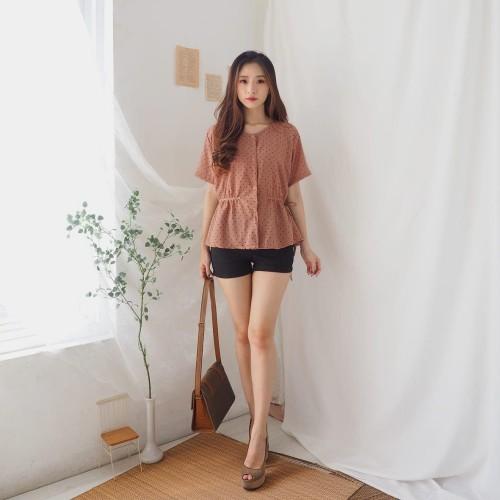 Foto Produk BLOUSE WANITA SIMPLE CASUAL POLKADOT SERUT ADEM MURAH dari KPStore Fashion Online