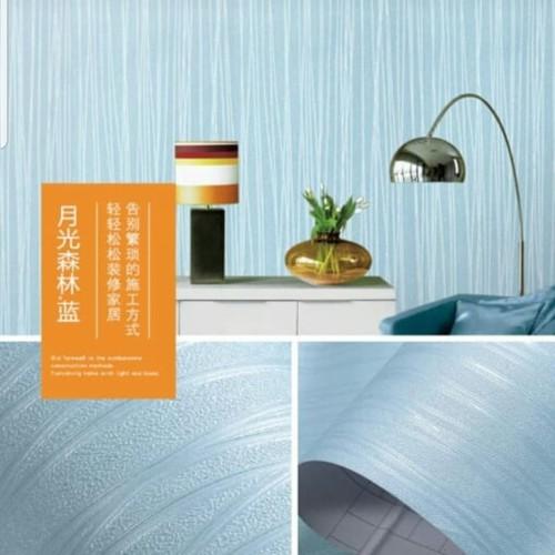 Foto Produk wallpaper stiker motif garis new arrival warna dasar biru muda dari wallpaper_sip