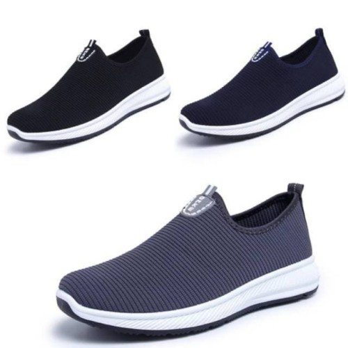 Foto Produk Sepatu Import Slip On ONKE 3 Warna - Biru, 40 dari Lucky Fan Store