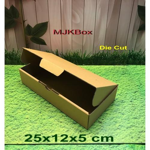 Foto Produk kotak kardus karton Uk. 25x12x5 cm ........Die Cut /Brownies dari MJKbox